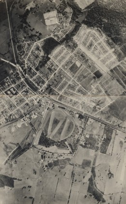 View of Moe, 1936, showing Edward Hunter Heritage Bush Reserve in top right hand corner